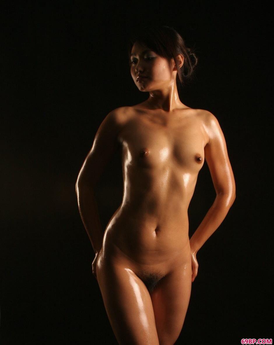 嫩模小君棚拍健美好身材1_欧美熟妇在线看