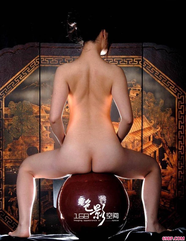 上海靓妹晶晶人体艺术