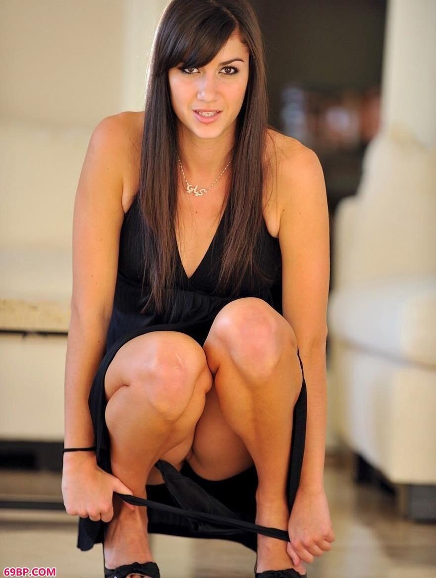 黑色长裙长腿的女人3